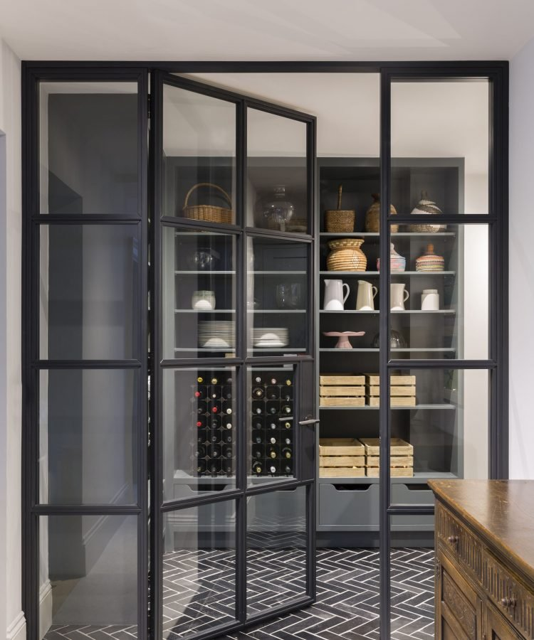 Store by Mowlem&Co